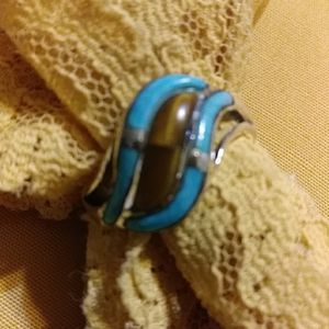 Nwt Dash tiger's eye and Kingman turquoise. Size 1